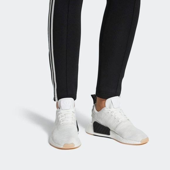 adidas Shoes - SALE!! Women s NMD R2- size 6 Like new bccd66000